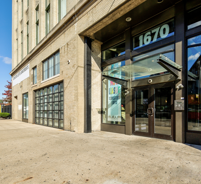 Schuster Loft Apartment Entrance
